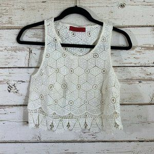 Signature 8 white crochet lace cropped open knit t